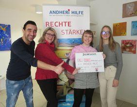Spendenaktio Spendenscheck Schloß Hagerhof Bad Honnef