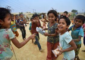 Spielende Kinder Flüchtlingscamp Rohingya